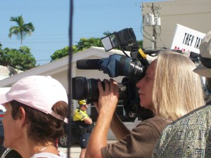 2009-08-13 Miami Protest Against Obamacare but media wanted the angle to capture the Obamistas