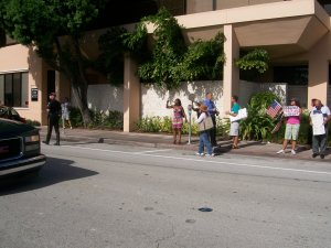 2009-08-13 Miami Obamistas Pro-ObamaCare