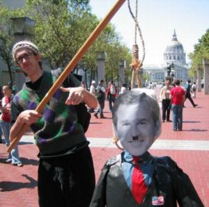CommiesProtestLeftistsInsurgenceSolidarityMarch2004-04-10(zombietime.com)