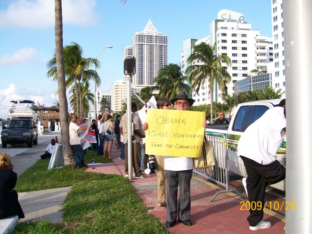 2009-10-26 Obama Miami Visit 121