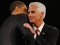 The Hug - Charlie Crist and Obama together pitching the $787 billion stimulus hoax