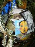 Marxist dictator Mao on Obama's Christmas Tree