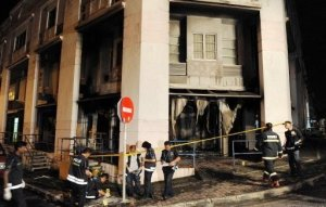 MUSLIMS ARE AGAINST KORAN-BURNING…BUT THEY BURN & DESTROY CHURCHES IN MALAYSIA